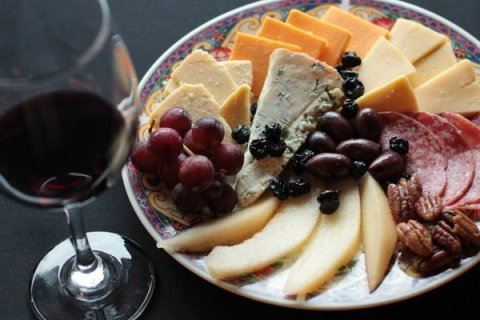 fruit-cheese-wine