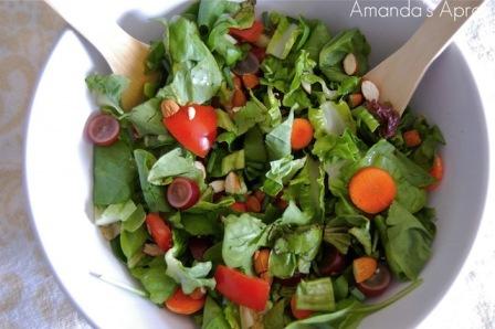 Farmers-Market-Salad-by-Amandas-Apron-1024x680
