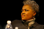 Donna-Brazile-look